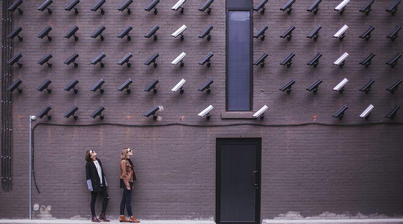 在宅勤務・テレワークにWebカメラが必要・おすすめな理由 監視ツール